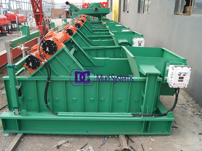 DCS700-3 linear motion shale shaker finished the production procedure