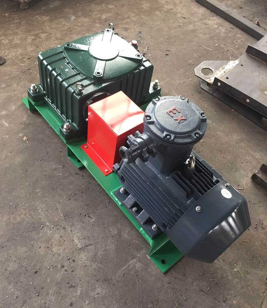Horizontal drilling mud agitator prepared to shipment