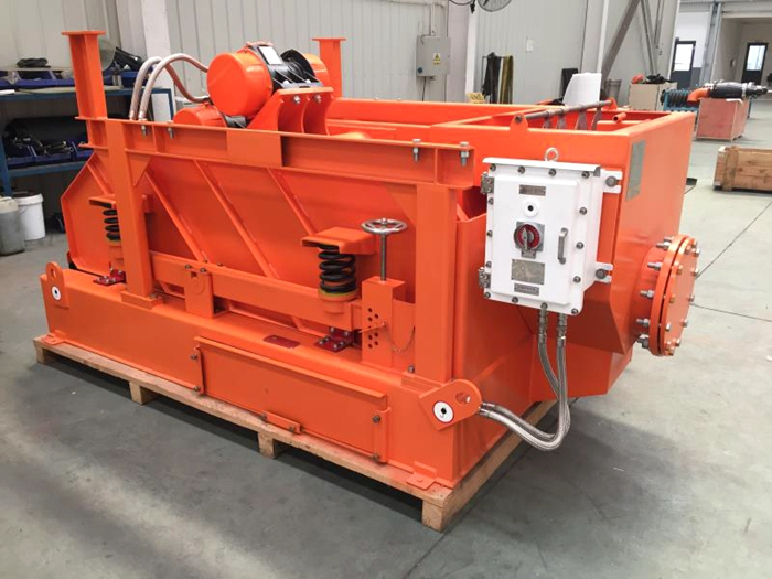 DCS630-3 Shale Shaker delivery to HongKong
